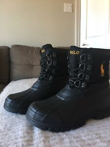 New Snow Boots for man, size 9D