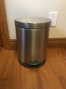 Bathroom Garbage Can