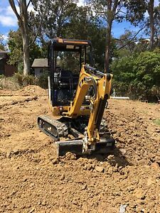 Excavator with operator  hire Glen Waverley and south east area Mount Waverley Monash Area Preview