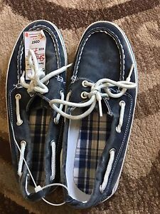 Men's sz 7 Boat Shoes.