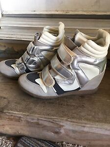 Just Fab wedge shoes