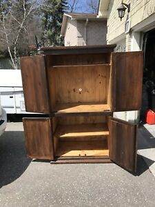 ARMOIRE RUSTIC SOLID PINE ENTERTAINMENT UNIT