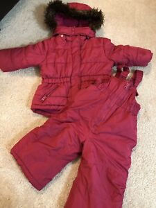 Girl snow suit - size 12 mo  (snow jacket and snow pants)