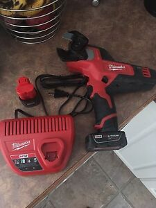Milwaukee m12 cable cutters