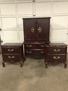 Beautiful French Provincial Bedroom Set