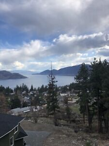 Peachland Luxury! Vacation Rentals