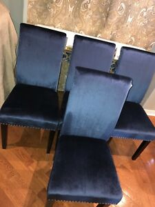New blue velvet dining room chairs see pictures