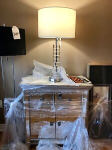 MIRROR ACCENT CABINET BRAND NEW /MIRROR/CRYSTAL TABLE LAMP