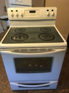 Frigidaire Gallery Series stove
