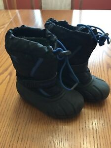Boys sorel winter boots size 11