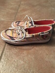 Girls Sperry deck shoes