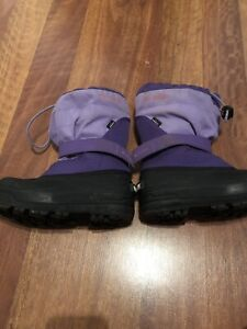 Girls Columbia winter boots size 13