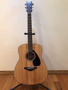 newcastle region nsw guitars amps gumtree yamaha fg650ms limited edition solid top acoustic guitar