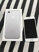 Amazing condition iPhone 6, 32GB, unlocked Bulimba Brisbane South East Preview