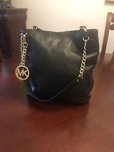 4b65ec3f707b66 Crossbody Bag Michael Kors | Kijiji in Ontario. - Buy, Sell & Save ...
