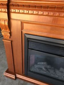 Electrical fire place good condition for sake