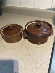 Ceramic bowls with lids