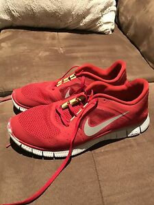 NIKE FREE RUN 3 SHOES