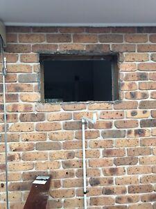 Wanted Brick layer
