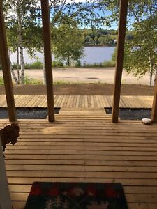 Newly built Cozy 2 bedroom waterfront cottage