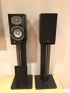 Energy c-100 bookshelf speakers