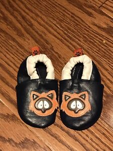 Please mum baby shoes size: 3