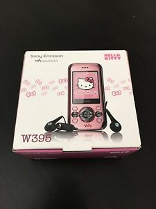 Unlocked Sony Ericsson Hello Kitty W395 GSM Mobile Phone