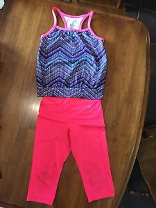 Old navy Active, size 8