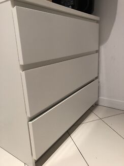 White 3 Drawer cabinet
