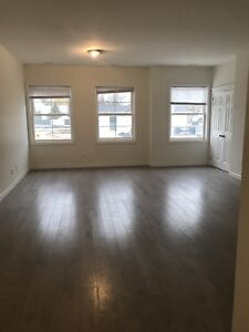 Newly Claremont Room for Rent