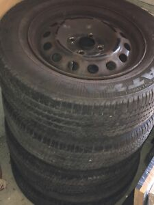 185 70 R14 Goodyear summer tires with rims