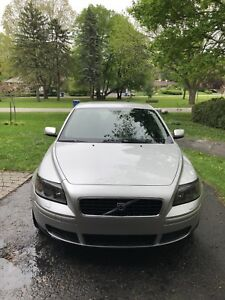 Volvo S40 very clean in EXCELLENT condition