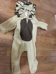 Old Navy 12 month fleece lion costume