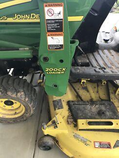 John Deere 2305 mower/ tractor