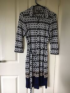 Maternity dress, 3/4 sleeve, button up, Pea in the Pod brand Lane Cove Lane Cove Area Preview