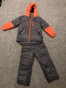 Snow suit 5t