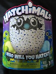 Hatchimal draggle blue and green