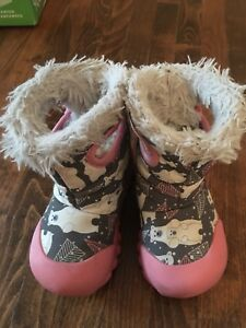 Boggs - toddler girl size 6