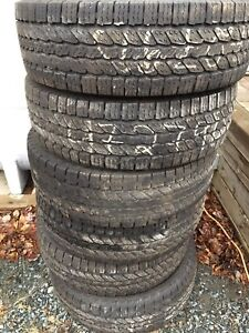 """SOLD,  17"""" Winter Tires x6 great tread. $25@"""