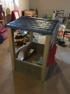 Used little tikes playhouse