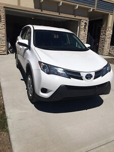 2015 Toyota RAV4 LE AWD - Warranty and Remote Starter