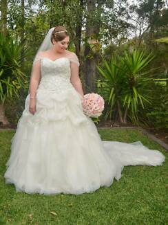 Simply Stunning Alfred Angelo Princess Wedding Dress Capalaba Brisbane South East Preview
