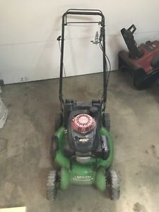 Lawn boy lawn mower with gsv 190 engine