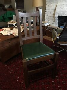 Stickley chair white oak Mission Arts and crafts