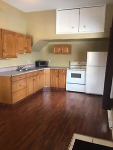 1 Bedroom Suite - Available November 1st (invermere)
