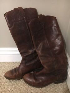 Frye brown boots size 8
