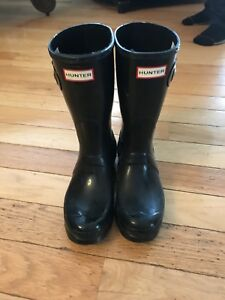 Hunter boots, short black size 8