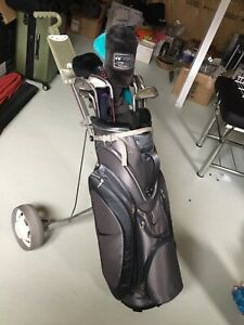 Brand new golf bag, Complete a set of Dunlop iron, pulling cart