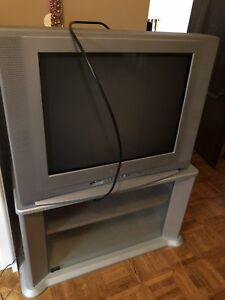 Sanyo Tv with stand
