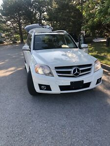 2010 Mercedes Benz GLK350 4Matic  Pano Rooficertifiedl
